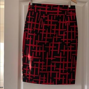 Black & Red Grace size 4